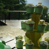 Arboretum with cakes